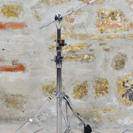Giraffe cymbal stand ; Asta piatto a giraffa - Janara Distribution